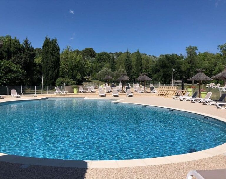camping-mas-nicolas-saint-remy-provence-piscine